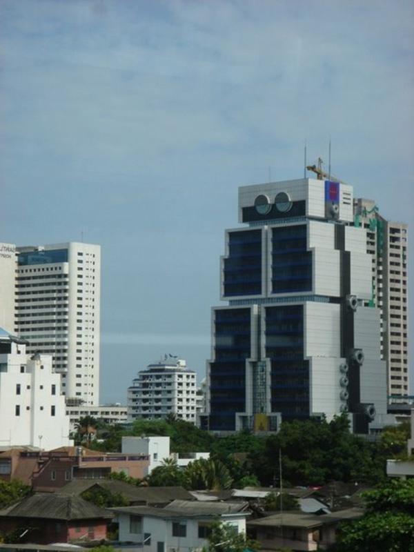 bauart-architekten-schaffen-meisterwerke-die-banke-asien