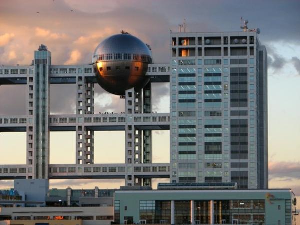 bauart-architekten-schaffen-meisterwerke-in-tokio- ein kugel