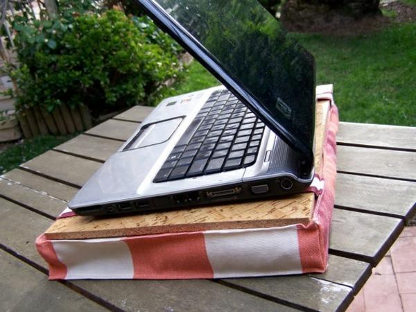 selber gemachtes Kissen für Laptop