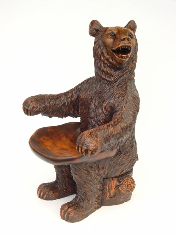 holzstuhl mit ablehne - in form von einem bären