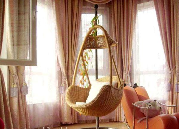 beispiele-für-korbstühle-hängender-stuhl