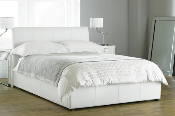 sch nes bett in wei 34 prima modelle. Black Bedroom Furniture Sets. Home Design Ideas