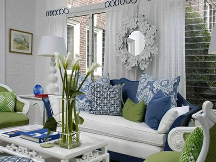 blaue-kissen-zu-wohnzimmer-passend