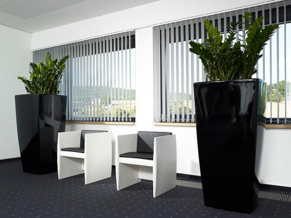 Blumenk bel in schwarz 29 coole modelle - Innengestaltung wohnzimmer ...