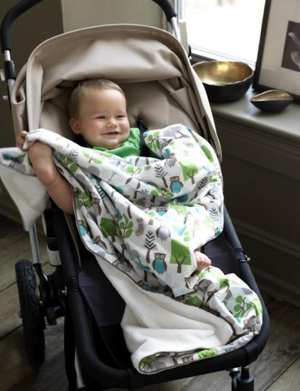decke-für-kinderwagen-für-kleine-jungen
