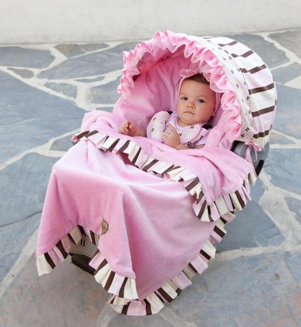 decke-für-kinderwagen-in-pink
