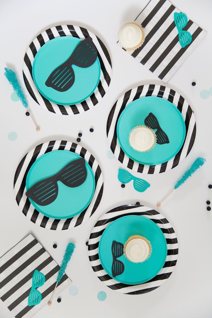 deko 1 geburtstag junge, kindergeburtstag ideen, partydeko in schwarz und blau