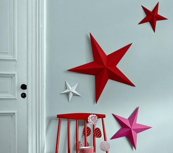 deko-bastelideen-rote-sterne-an-der-wand - wunderschöner look