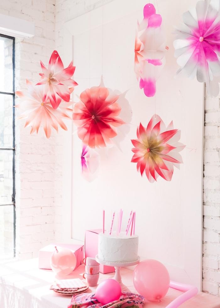 partydeko in rosa, deko für kindergeburtstag, große hängende dekorationen aus papier
