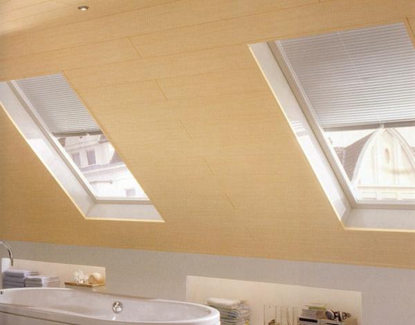 deko   paneele-in-einer-dachwohnung - modernes badezimmer