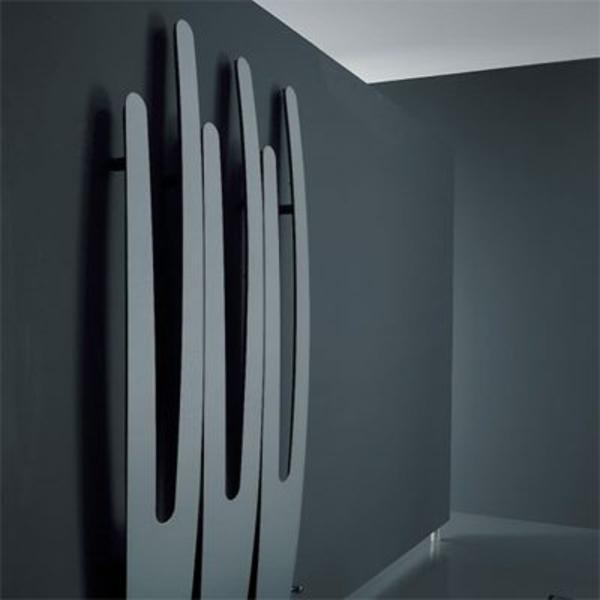 design-vom- badheizkörper-grau-und-modern