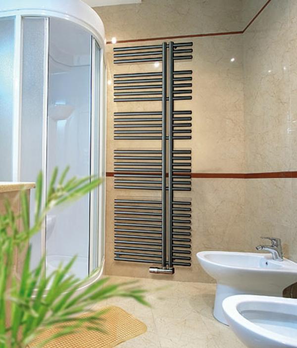 design-vom- badheizkörper-kleines-modernes-bad