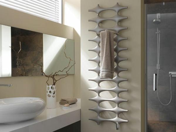 design-vom- badheizkörper-modernes-badezimmer