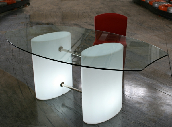 designer-glasstische-kreativ-gestaltet