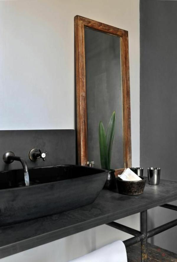 großes-designer-waschbecken-in-schwarzer-farbe
