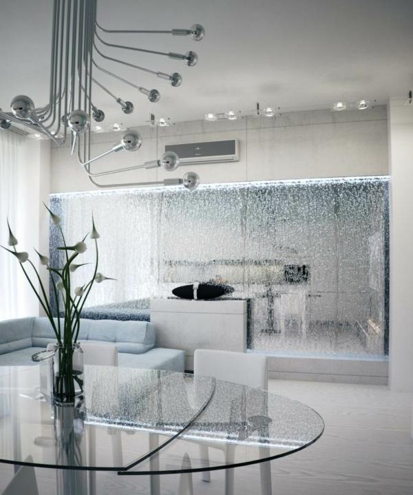 ein-spiegel-mit-wasser-ultramoderne-zimmer-gestaltung