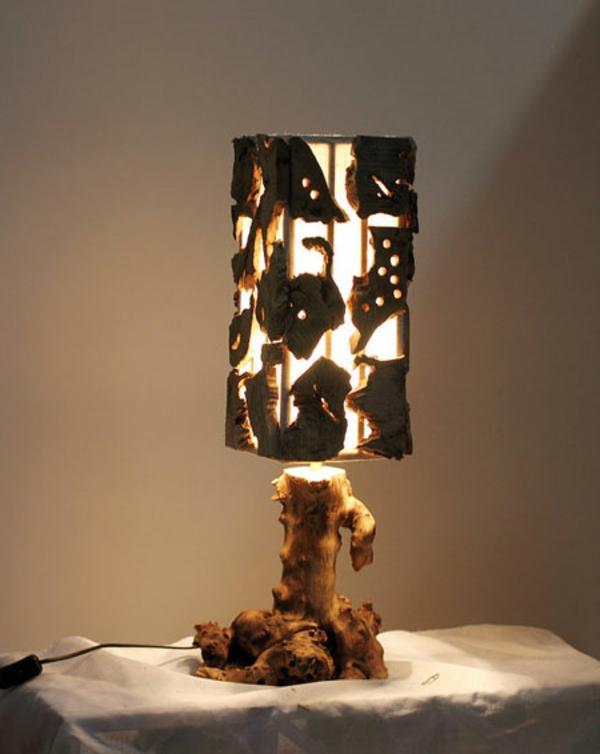 originelle-Tischlampen-aus-Treibholz