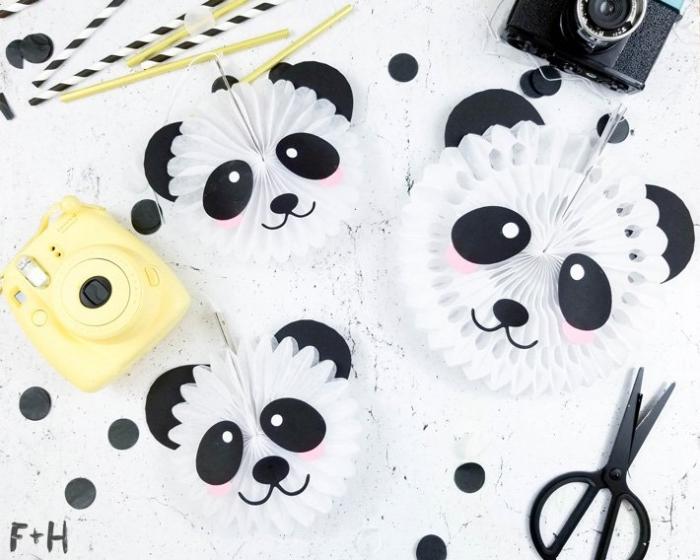 erster geburtstag deko, panda köpfe aus weißem und schwarzem papier, anleitung