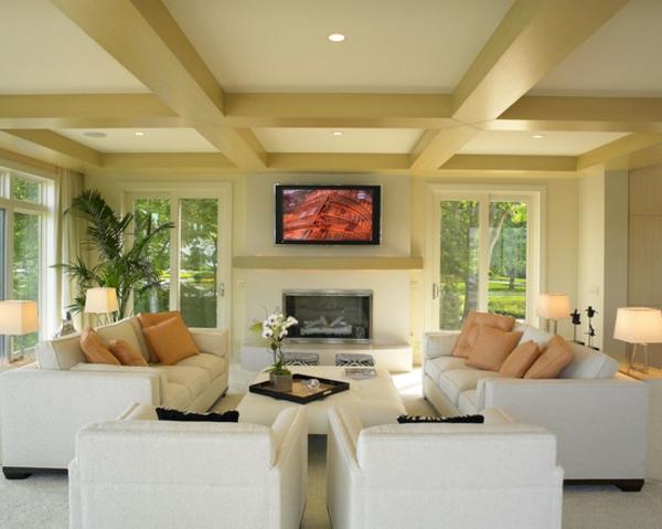 exklusive-tv-möbel-wohnzimmer-hell-gestaltet- mit großen fenstern