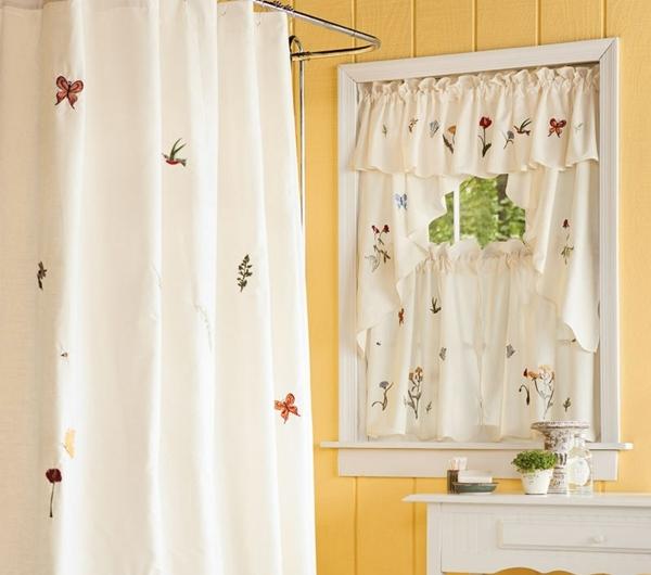 gardinen f r kleine fenster 23 neue vorschl ge. Black Bedroom Furniture Sets. Home Design Ideas