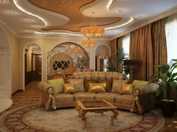 goldene-wandfarbe-elegantes-wohnzimmer