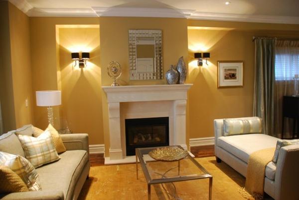 goldene-wandfarbe-modernes-wohnzimmer