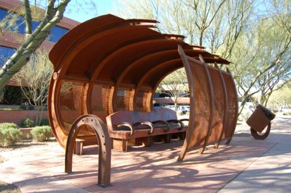 holz-bushaltestelle-architektur-designidee-kreativ
