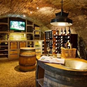 Ziegel - Weinregal für ein glückliches Haus!