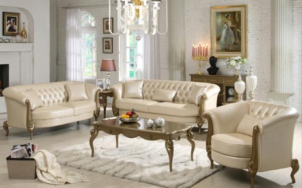 italienische-wohnzimmer-beige-möbelstücke