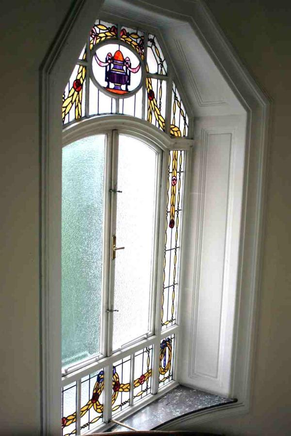 Jugendstil - Ornamente Vorlagen-au-dem-Fenster-neben-Meer