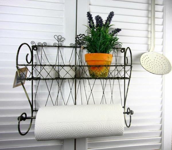 küchenrollenhalter-für-wand-sehr-funktionelles-design