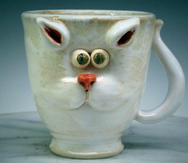 katzenfiguren-aus-keramik-glas-lustig