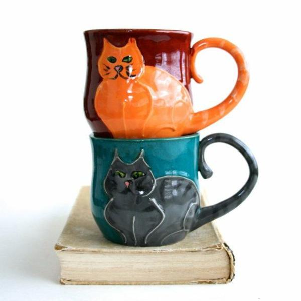 katzenfiguren-aus-keramik-tassen