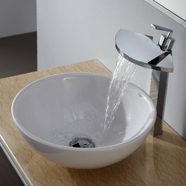 Waschbecken rund mit unterschrank  Badezimmer Waschbecken Rund: Gaeste wc mit rund dusche. Kleines ...