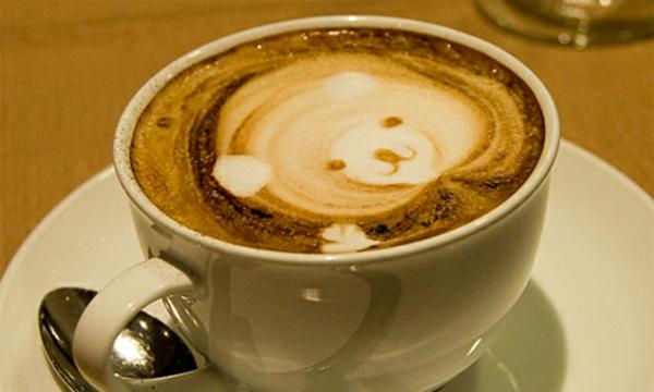 kleines-Bär-aus-Kaffeeschaum