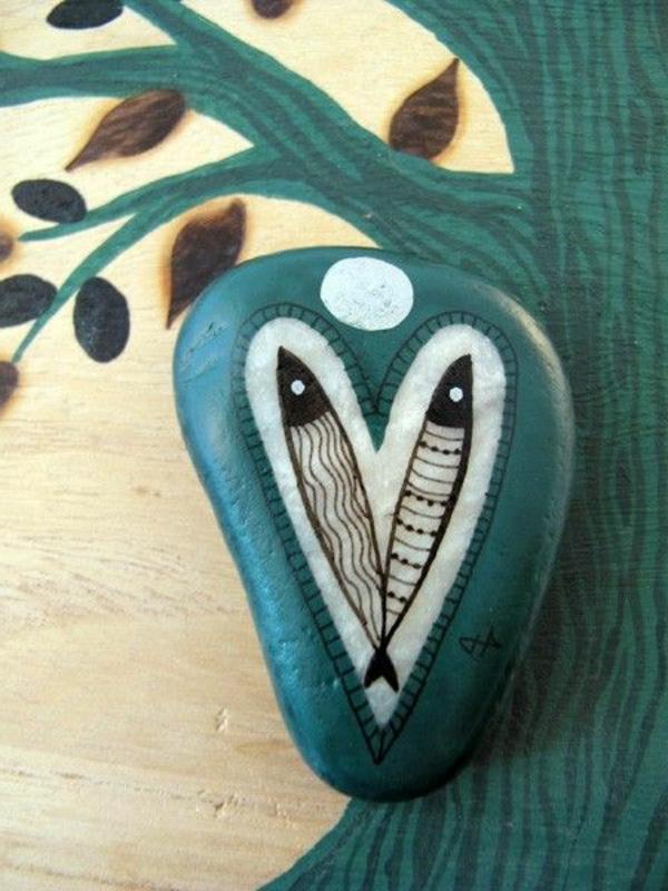 Kreative Idee Verzierte  Steine Als Dekoration Für Garten
