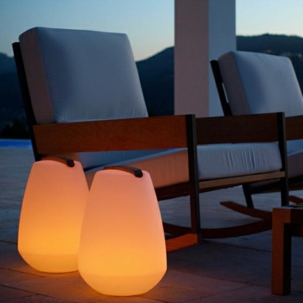 moderne-gartenbeleuchtung-gartendesign-idee