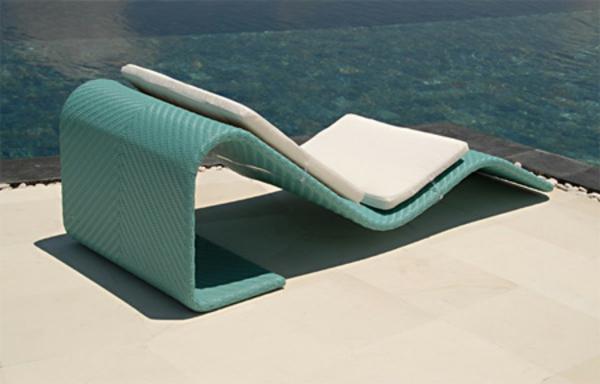 schöner--longchair-sessel-für-draußen