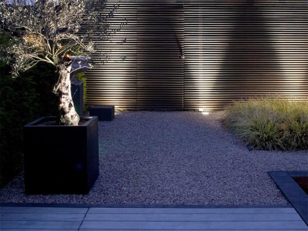 led gartenbeleuchtung f r ein romantisches ambiente. Black Bedroom Furniture Sets. Home Design Ideas