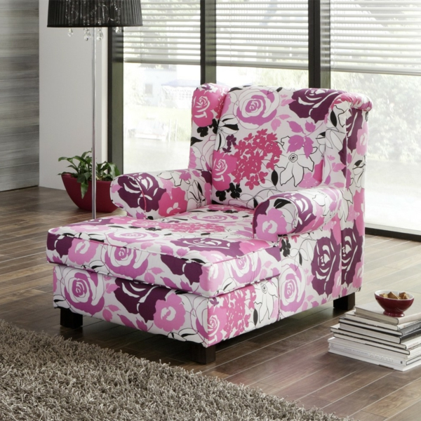 longchair-sessel-berry-rosa-weiß-m Wohnzimmer