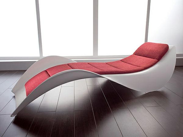 lounge-chair-design-rote-kissen-wohnidee
