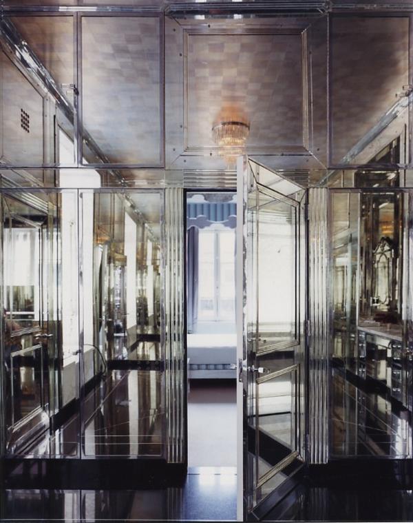 luxuriöse-spiegelwand