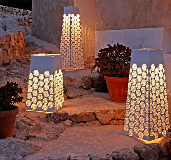 moderne-gartenlampe-für-außen-dekoideen