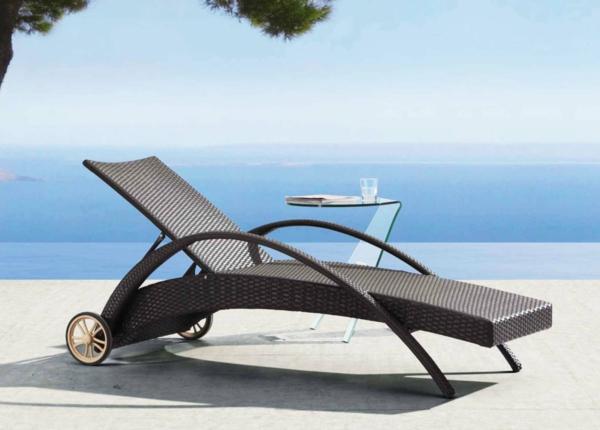 moderner-lounge-sessel-designidee-für-draußen