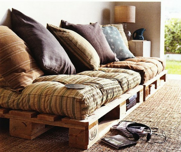 Sofa aus Paletten - 42 wunderschöne Bilder! - Archzine.net