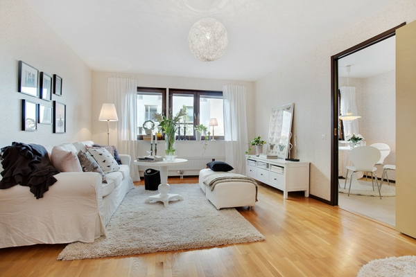 nordische-mode-bei-der-zimmergestaltung-großes-wohnzimmer