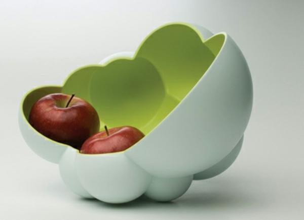 obstschale-aus-keramik-super-extravagantes-modell-weißer hintergrund
