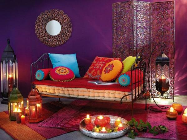 Wohnzimmer Orientalisch Gestalten : wohnzimmer orientalisch gestalten - bunte dekokissen und kerzen