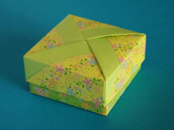 origami- schachteln-quadratische-form - zärtliche blumen