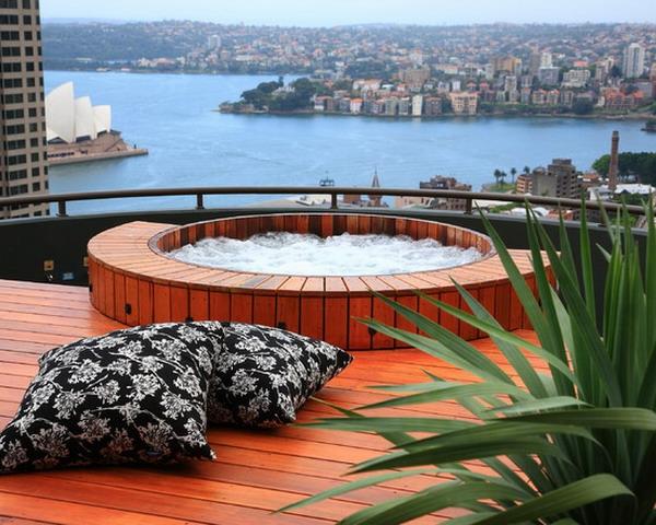 outdoor jacuzzi 53 wundersch ne fotos. Black Bedroom Furniture Sets. Home Design Ideas
